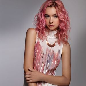 Celeb Luxury Colorwash How-To: Pink Outside the Box