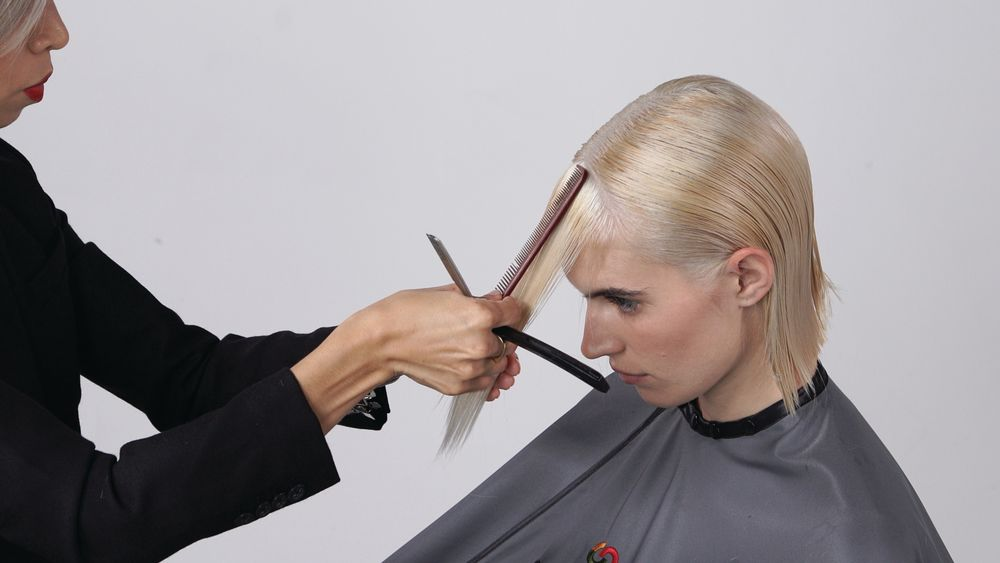 STEP 8B: Section out the front fringe and create the same deep texture. Detail the front as desired.