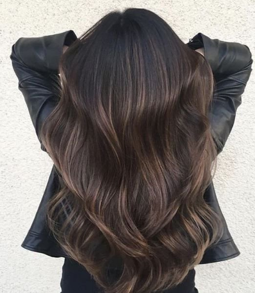 That color. Those waves! What can we say except we're in love with this entire combination.