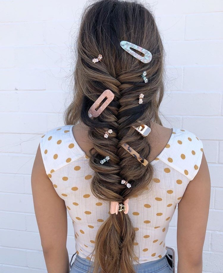 Who says you can only use one clip? @juliamarohair used multiple clips for this fun braid.