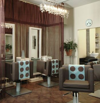 <b>Clique Salon & Spa</b> <b>Location:</b> Burlington, New Jersey <b>Website:</b> www.forclique.com <b>Remodeled:</b> June 5, 2007 <b>Owner:</b> Phyllis L. McLin <b>Salon style:</b> Modern retro, trendsetting, innovative <b>Square footage:</b> 650 <b>Styling stations:</b> 6 <b>Treatment rooms:</b> 5 <b>Equipment:</b> Beecher Group, Belvedere, Ikea <b>Furniture:</b> Belvedere <b>Top retail lines:</b> Aveda, Nioxin <b>Designer:</b> Theresa Ciarlone