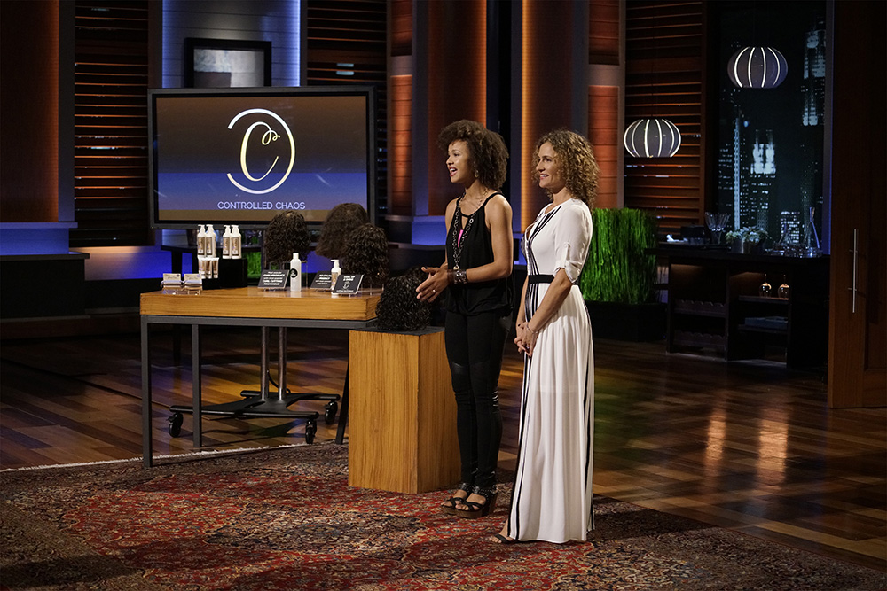 """Watch """"Shark Tank"""" on FRIDAY, JANUARY 8 (9:00-10:01 p.m. EST), on the ABC Television Network to see MAUREEN EMERSON, ALANNA YORK (CONTROLLED CHAOS) pitch the Sharks on their products, line and concept.  (photo credit: ©(ABC/Michael Desmond)) ©(ABC/Michael Desmond)"""