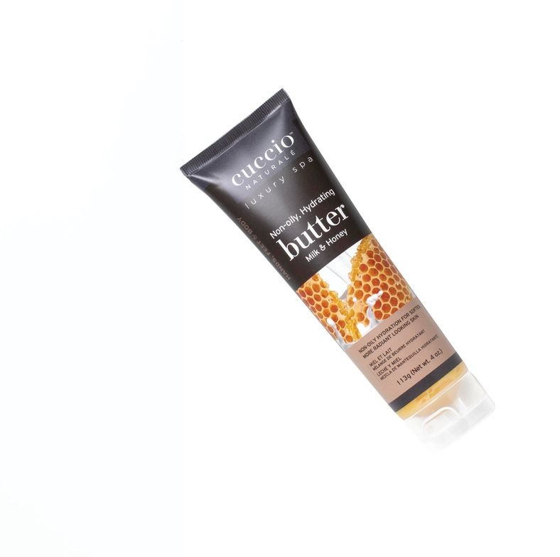 <strong>CUCCIO Natural Milk &amp; Honey Butter Blend:</strong> Lush treatment hydrates<br />with rich moisture.