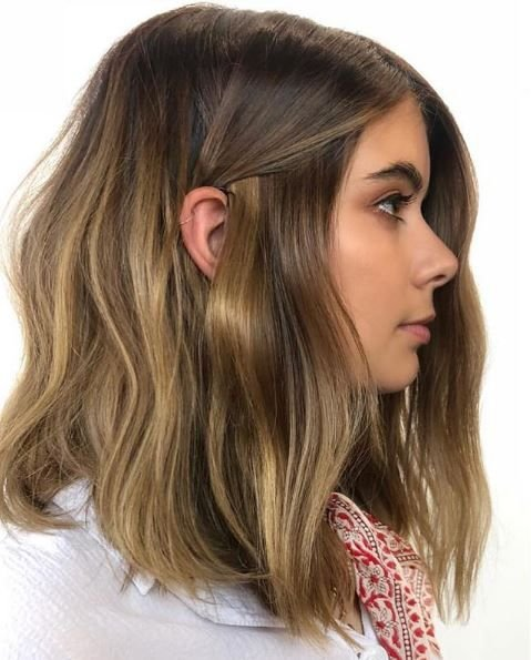 <p>The girl next door but boosted a few notches. This sweet yet sassy lob is major hair goals. </p>