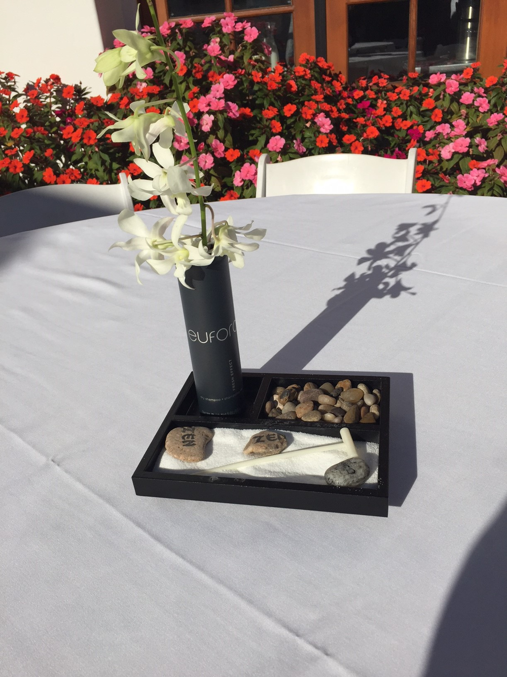 Even the table centerpieces emphasized the theme of mindfulness.