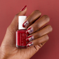 Nail How-To: Plaid Holiday Manicure