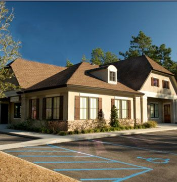 <b>Hairageous Salon & Day Spa</b> <b>Location:</b> Mobile, AL <b>Owner:</b> Charlene Hamilton <b>Website:</b> hairageoussalon.com