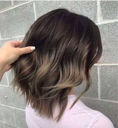 This combination of dark roots and ashy ends has us drooling.