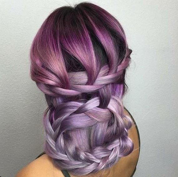 These shades of purple look so fablous in this braided creation from @hairbyfranco.