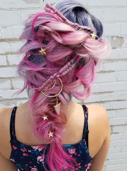 We'll be dreaming a little dream of this pink style from now on.
