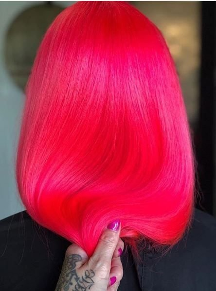 Holy hot pink! This bright color work steals the show and turns heads.