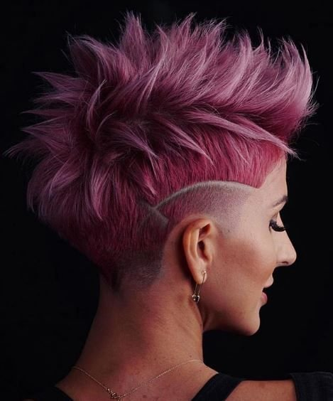Rock on! From the cut to the color and edgework, we can't stop smiling about the things we love in this pink style.