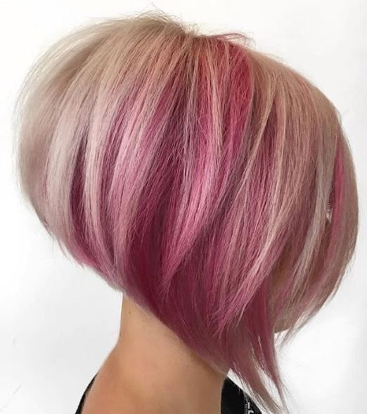 Bold and blended pink with blonde looks amazing here.