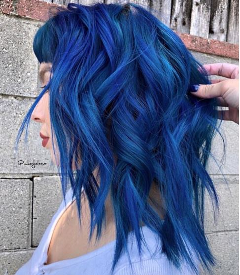 We're falling for this moody blue 'do!
