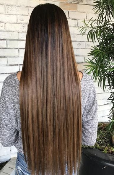We were drawn to this killer brunette look because of its straight, beautiful length.
