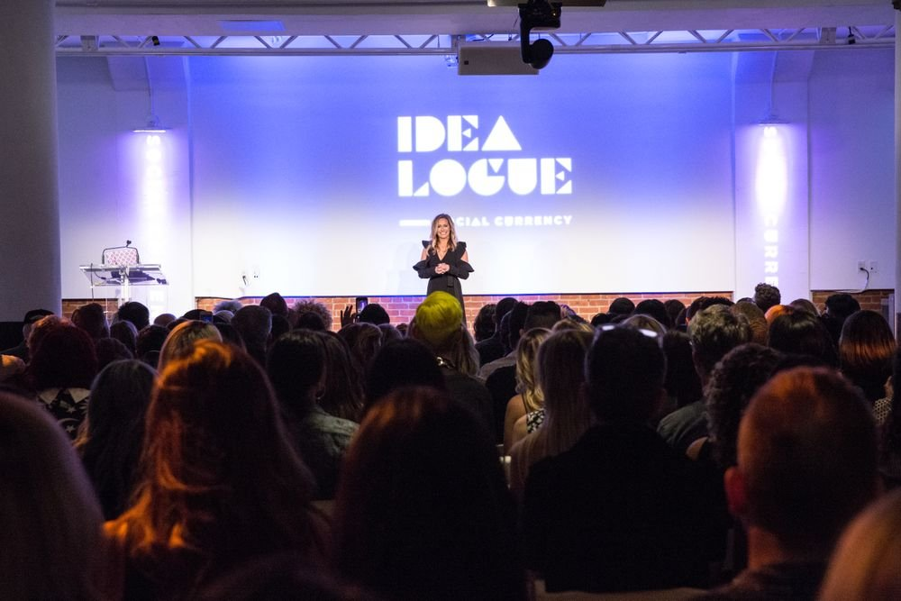 LBP'sSVP of Special Projects, Lyndsey Bardnell (@hey_ellbee) welcomes an enthusiastic crowd to Idealogue