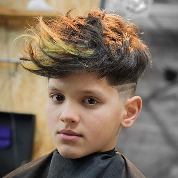 How fly is this guy? @jarrdesbarbers killed it with the cut and color, and this kid is ready to take on the classroom with some edge.