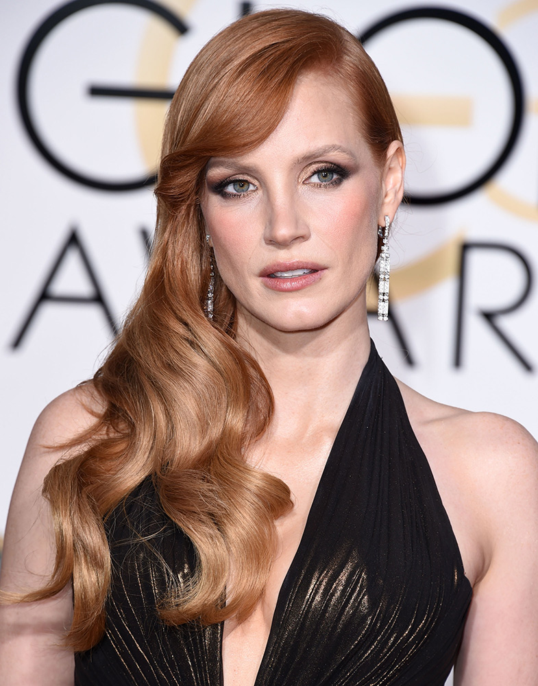 2015 Golden Globes How-to: Jessica Chastain's Loose Curls & Elegant Side Twist