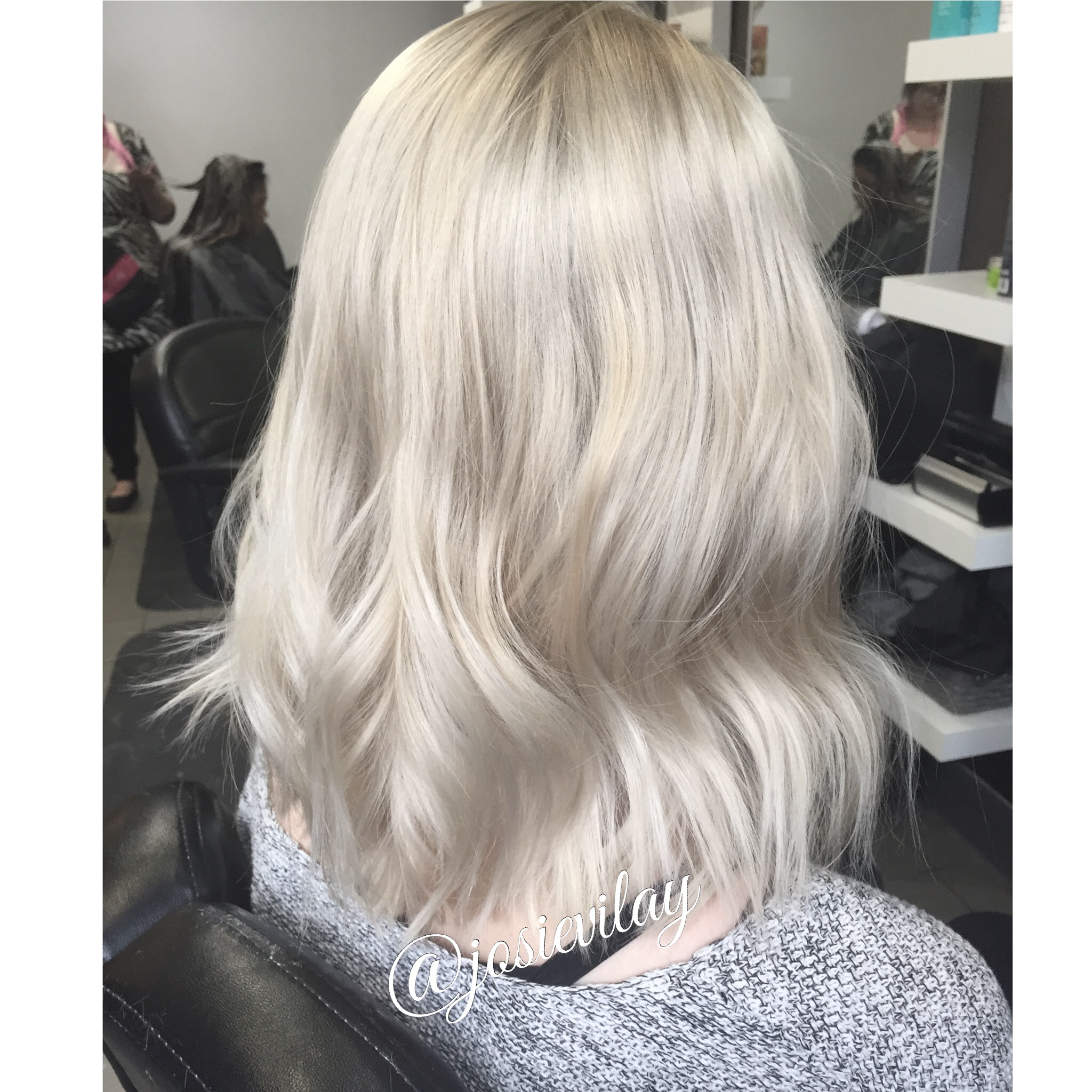 HOW TO: Soft Pearly Blonde