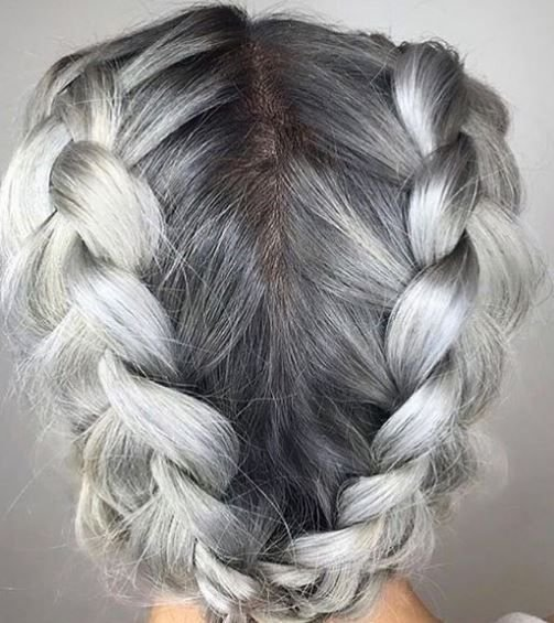 We're big fans of braids, so when @leyshairandmakeup paired some with this stunning color magic, we knew it had to be included in our faves.
