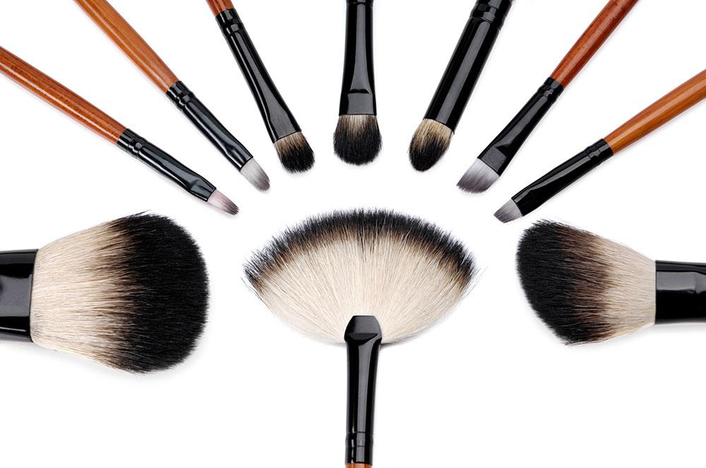 6 Makeup Brush Maintenance Tips