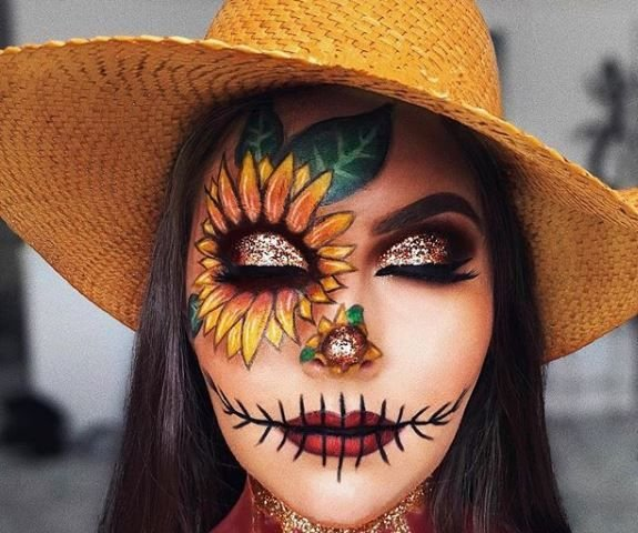 Sunflower meets crow: the perfect autumn pumpkin patch meets haunted halloween look.
