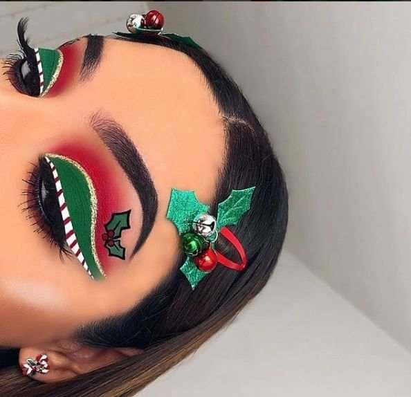 Makeup like this is sure to end up under the mistletoe.
