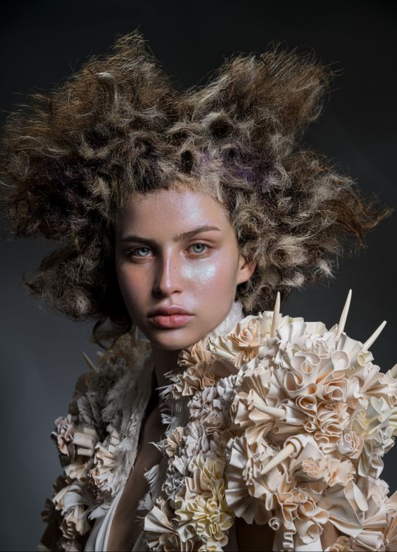 <p><strong>Anna Pacitto</strong>, Salon Pure, Monreal, QC</p>