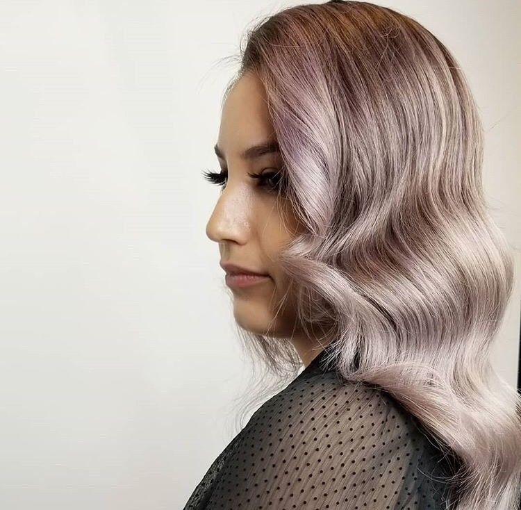 To get this subtle metallic look, @philipjames_pmfs combined Lavender and Silver for 20 minutes.