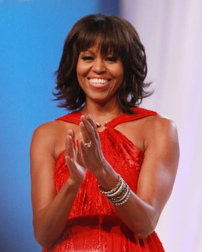 HOW-TO: First Lady Michelle Obama's New Bangs