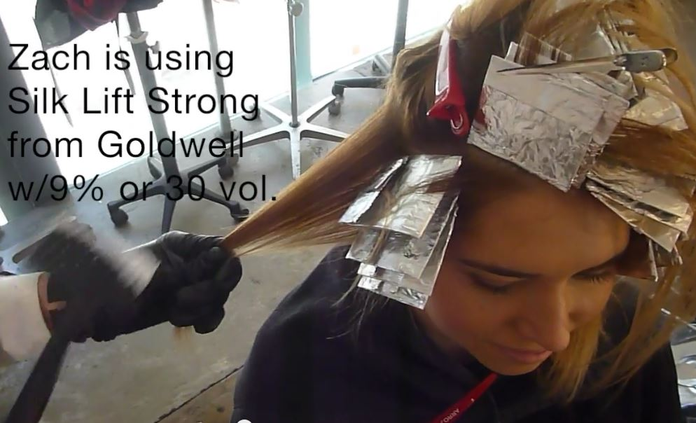 HOW-TO: Blonding Technique Using Micro Foils and Hair Painting