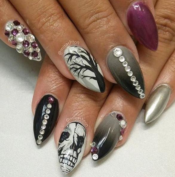 Nails by @misashton