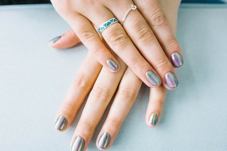 Chrome nails are the perfect accessory for your clients.
