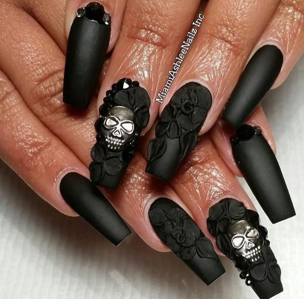 Nails by @nailsbymiamiashley
