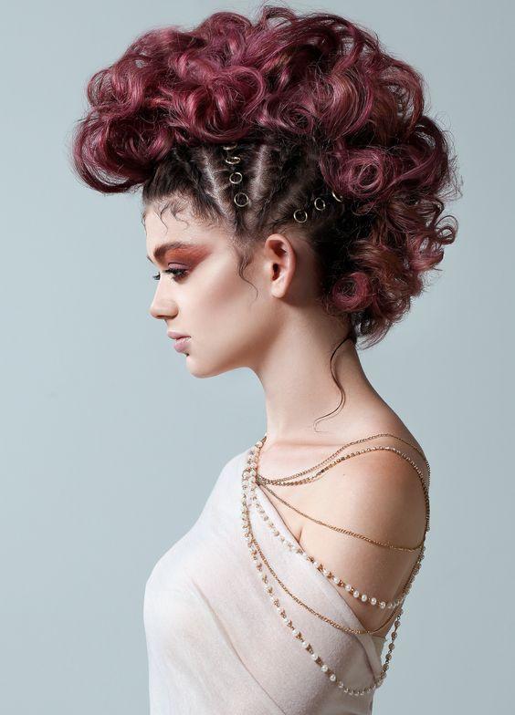 <strong>Tori Frappier</strong>, Dragonfly Salon, Saint Thomas, ON