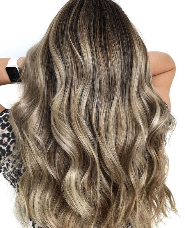 This bronde wave is perfect.
