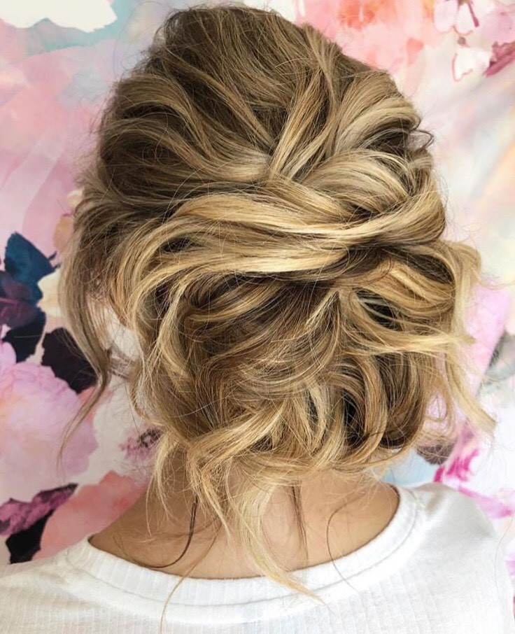 This bridal updo is everything.