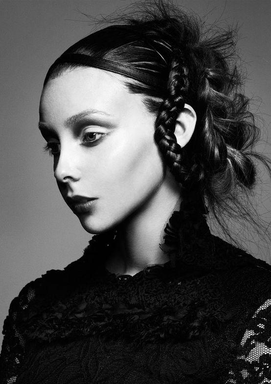 Fashion Styling: Elaine Marshall.