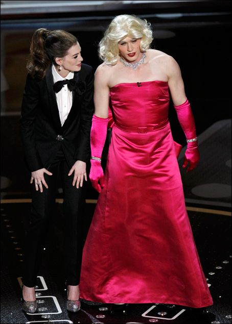 Anne Hathaway and James Franco in Drag