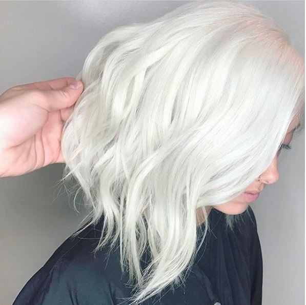 We wonder if @platinum_perfection was channeling Daenerys Targaryen with these perfect white-out locks. Take a knee!