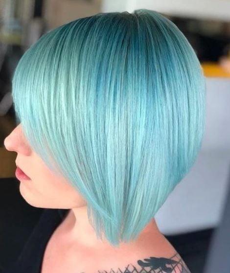 This hair leaves us with aquamarine dreams!