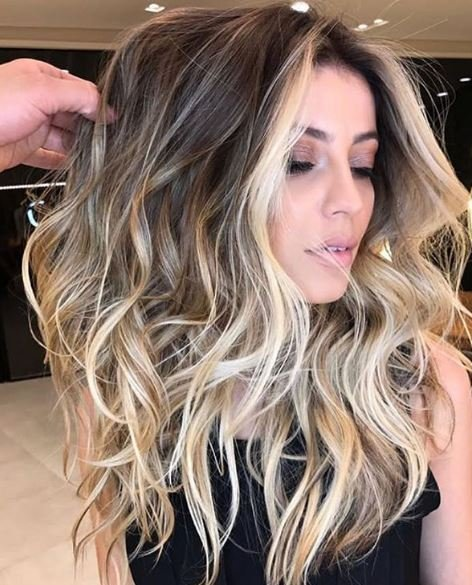 @romeufelipe knows how to crown a queen with perfect highlights.
