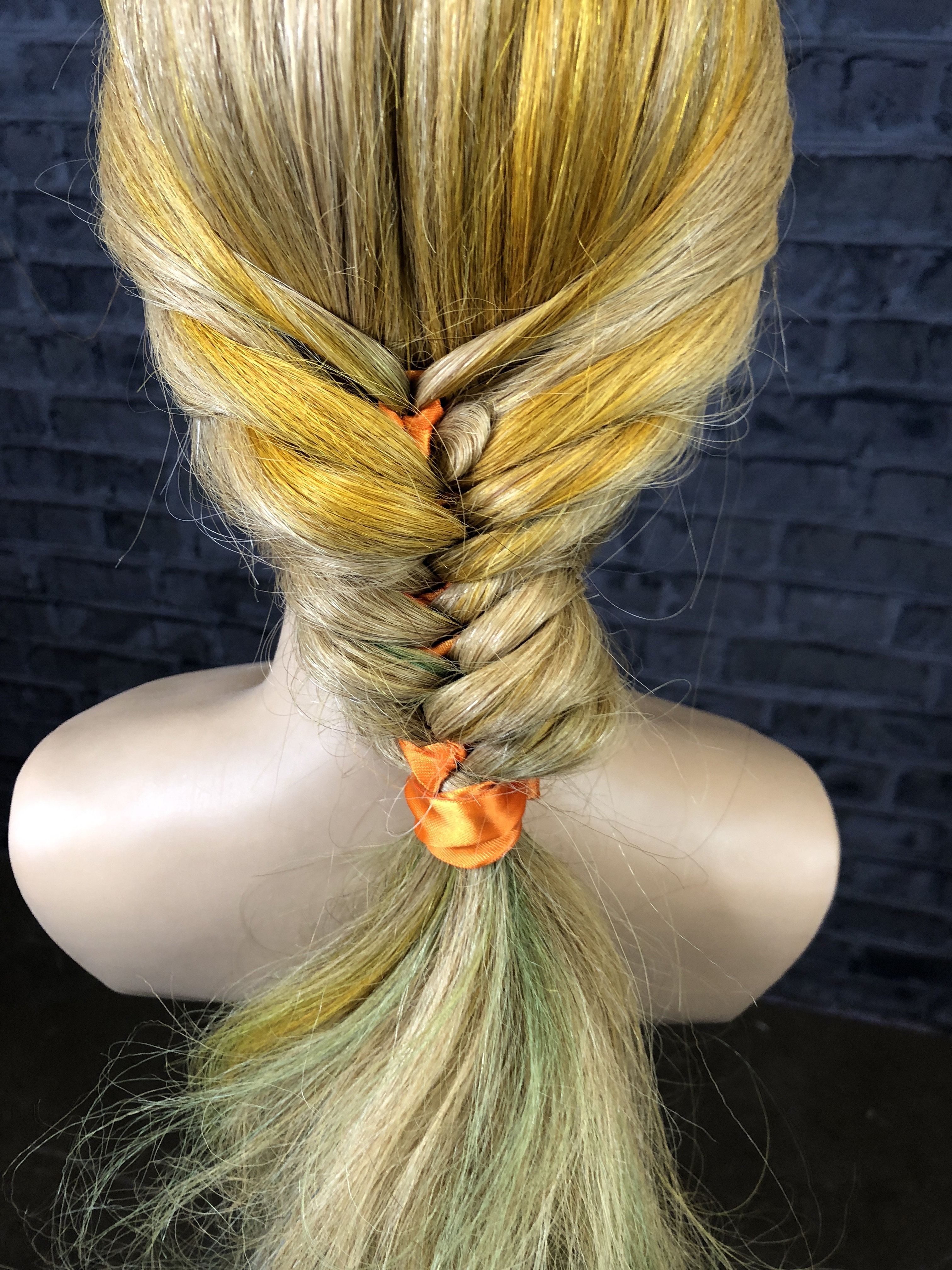VIDEO HOW-TO: An Incredible Braid - Professional and Breathtaking