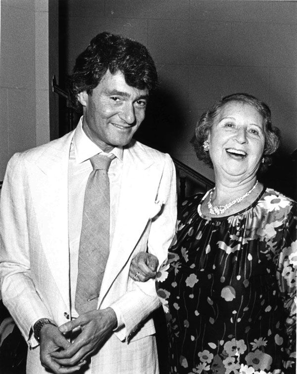 Vidal Sassoon with his mother.  Image courtesy of Sassoon