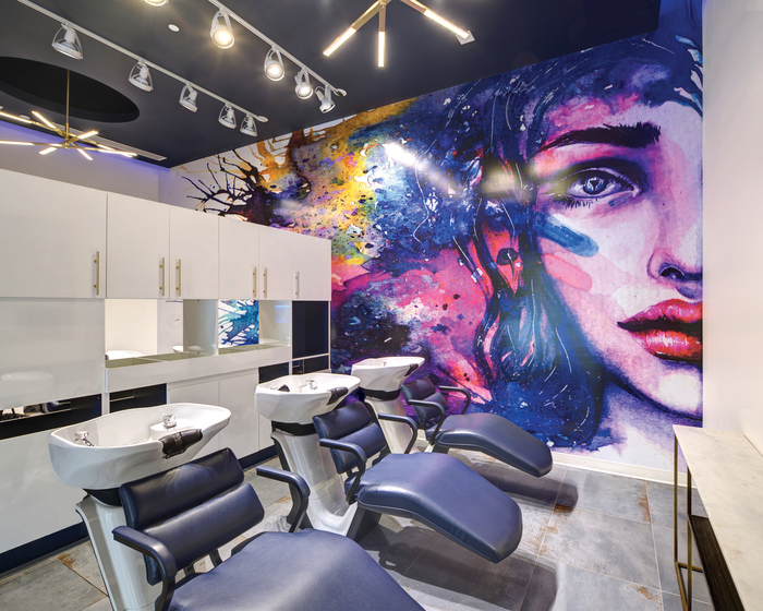 <strong>Current Salon &amp; Color Bar, </strong>Ashburn, VA