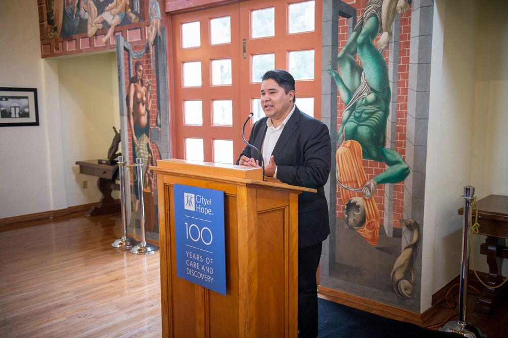 Carranza thanks his supporters at a luncheon during the City of Hope tour.