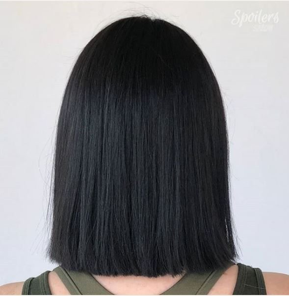The simplicty created by this bluntly cut lob demonstrates the clean possiblities with this hair trend.