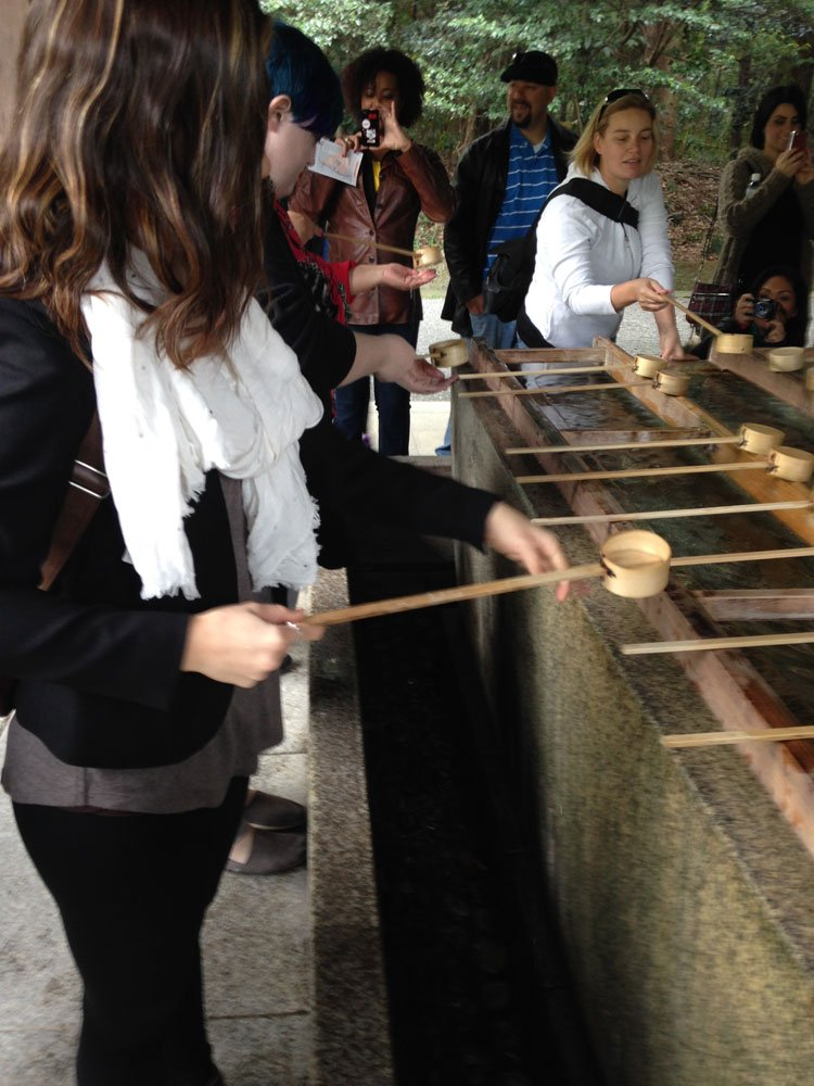 Before entering the shrine, we learned how to purify our hands. Rinse left, rinse right, scoop water to mouth with left, rinse left, rinse handle.