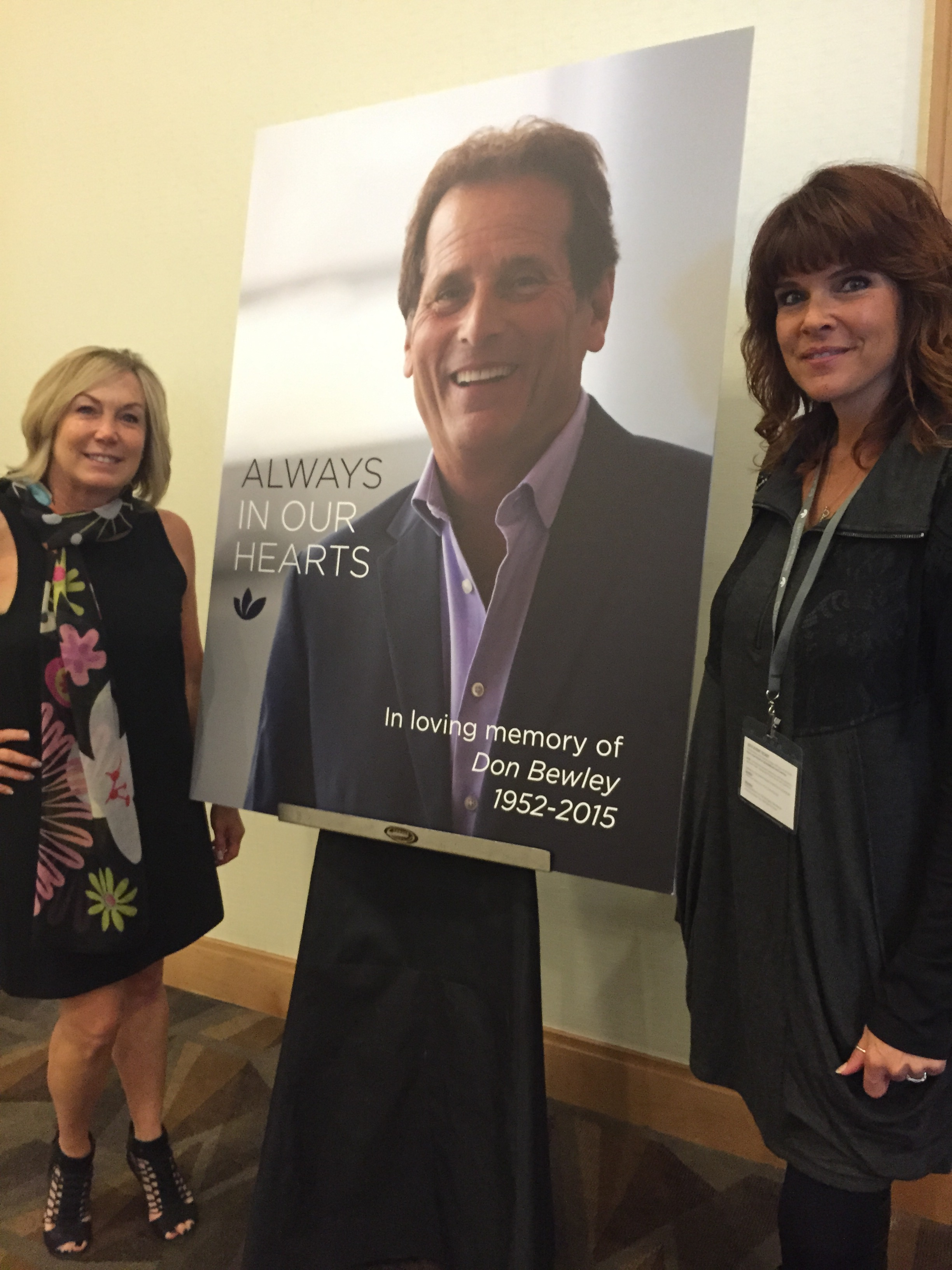 Gayle Fulbright and Connie Kecskes of Headlines The Salon in Encinitas, CA, are Eufora Global Educators and two of Don Bewley's biggest fans.