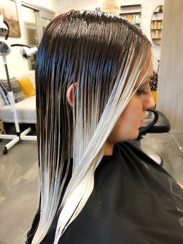 """<p>Vanderwouden says she typically uses 30-volume developer—knowing the strength is diluted since the hair is wet at application. """"Never think this service will give you an extreme amount of lift because you will be disappointed,"""" she says.</p> <p></p>"""